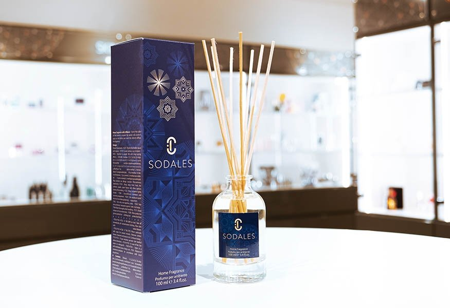 Essentia, the new bottle of Tailor Made Fragrance